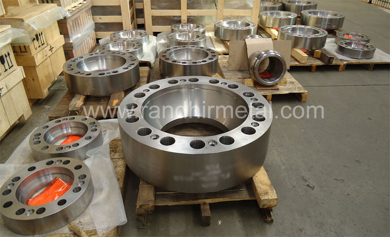 Stainless Steel Flanges in our Stockyard